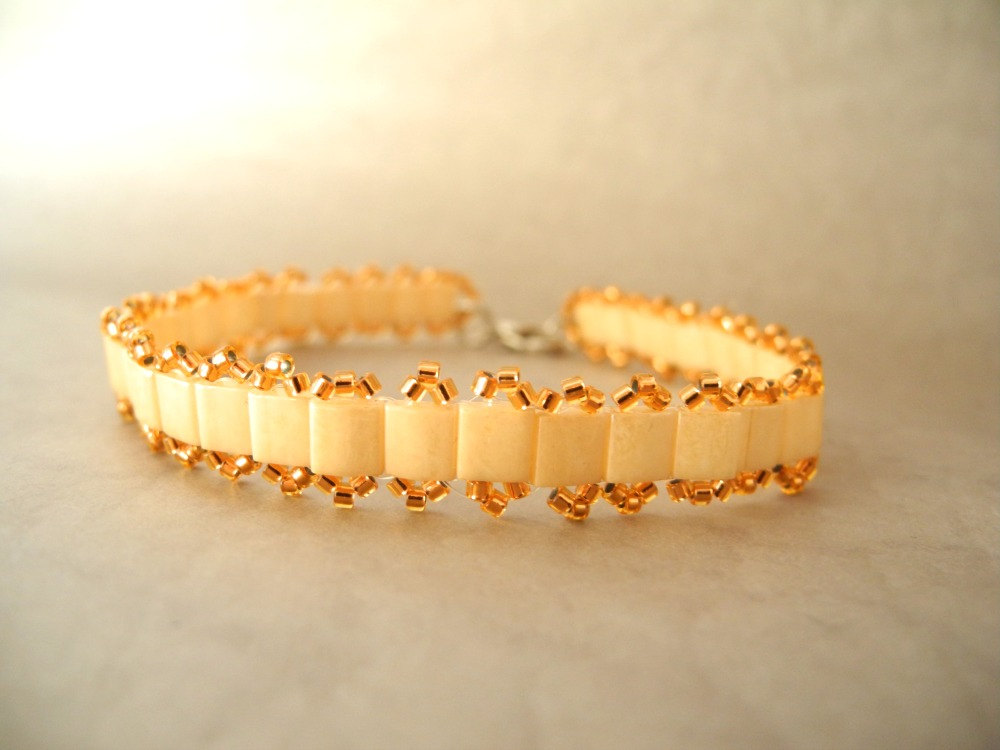 beige bracelet, beige and gold beaded bracelet, Seed Bead bracelet, summer colors bracelet, woven ,Beaded, pastel, tila bracelet.