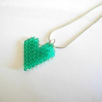 Emerald heart, beaded pendant, heart pendant necklace, Beadwork, emerald heart necklace, emerald pendant